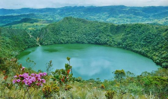 Laguna de Guatavita en Colombia