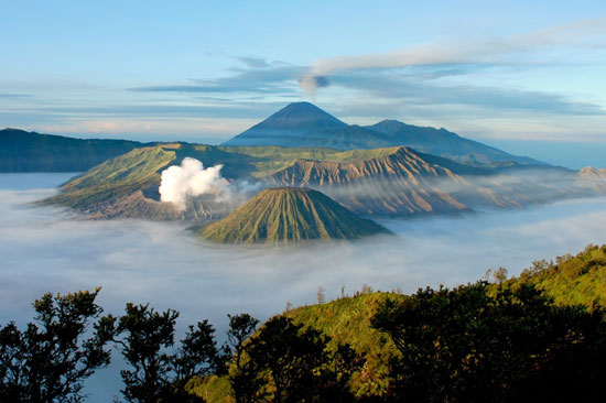 Indonesia volcanes