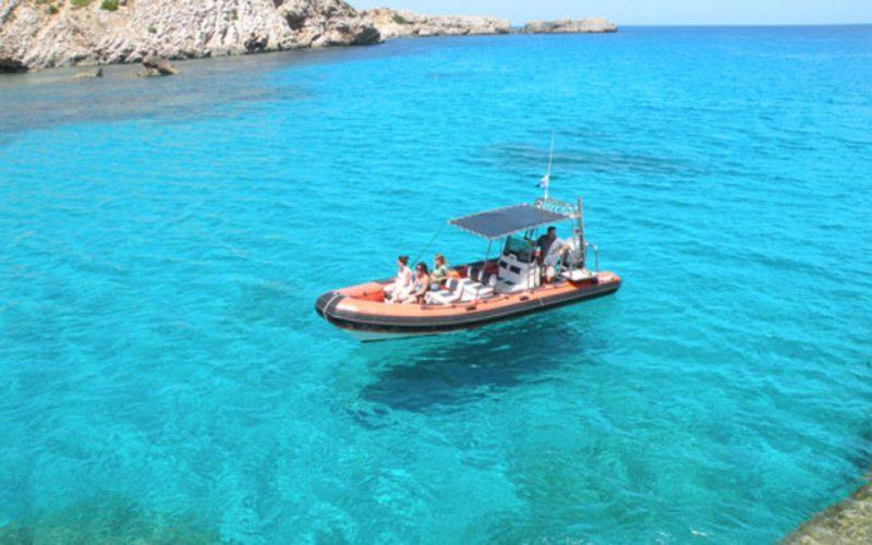 Excursión en lancha en Menorca